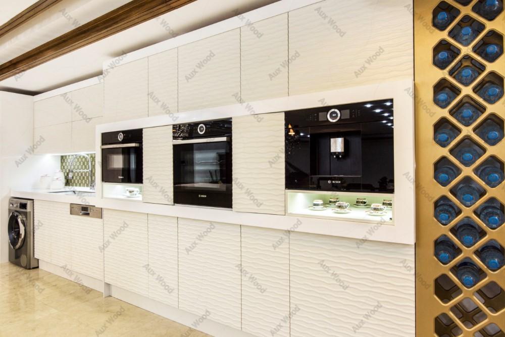 انتخاب کابینت های ساده در چیدمان آشپزخانه کوچک ایرانی