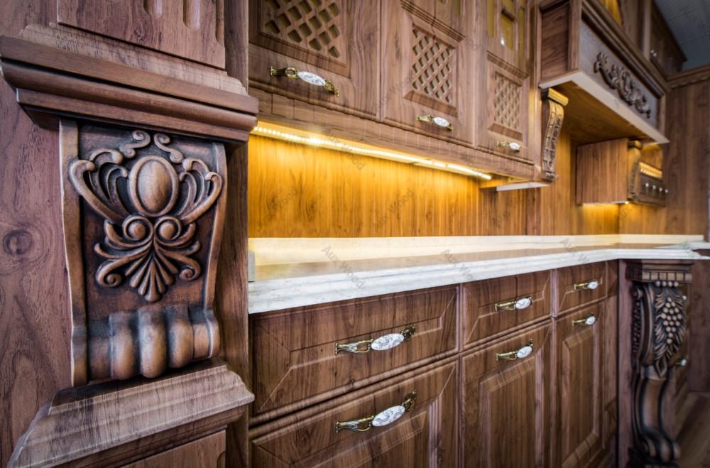 مناسب ترین جنس کابینت آشپزخانه کابینت تمام چوب