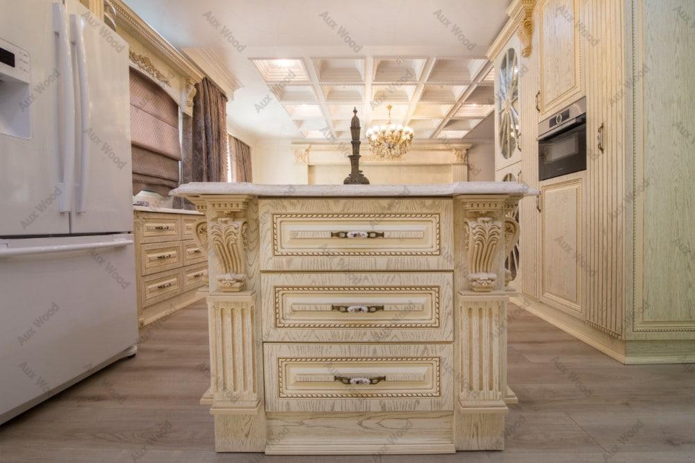 کابینت کلاسیک سفید با کشوهای طراحی شده