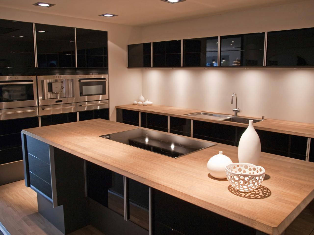 اپن آشپزخانه چوبی در آشپزخانه مدرن