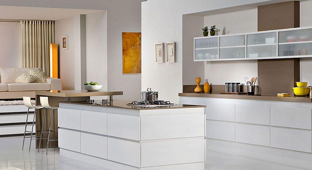 آشپزخانه با کابینت مدرن سفید ساده
