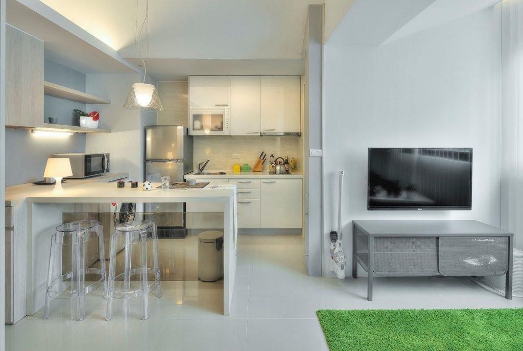استفاده از رنگ سفید در کابینت آشپزخانه مدرن کوچک