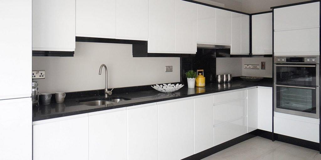 معایب کابینت آشپزخانه هایگلاس سفید