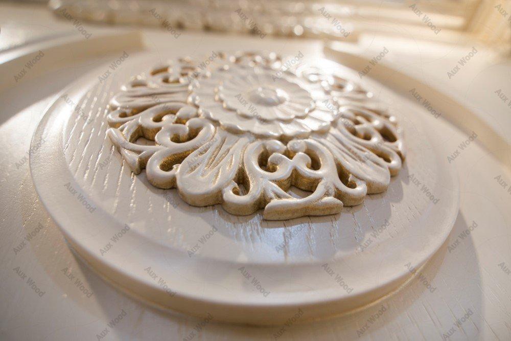 کابینت آشپزخانه سلطنتی با منبت کنده کاری شده