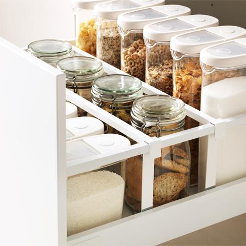 کشوهای قطاری بهترین روش سازماندهی آشپزخانه های کوچک