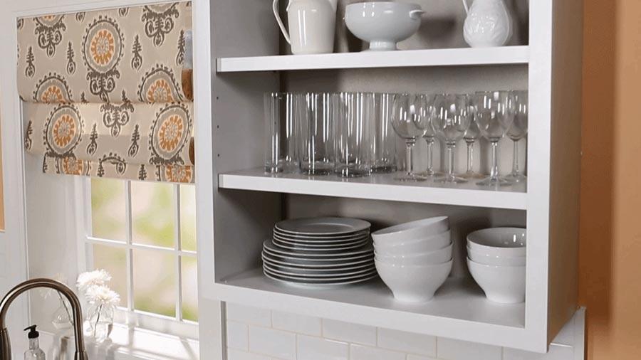 سازماندهی لوازم در آشپزخانه با قفسه بندی کابینت ها