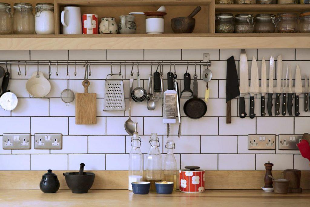 فضاسازی وسایل آشپزخانه
