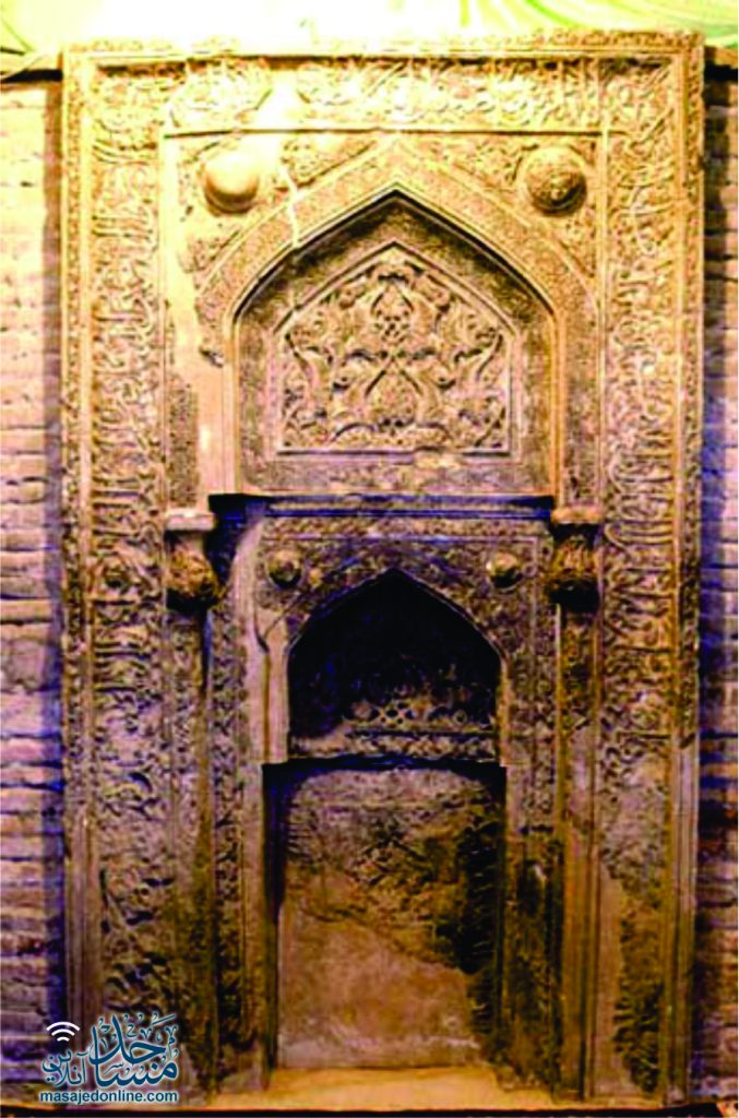 درب چوبی مسجد جامع عتیق شیراز