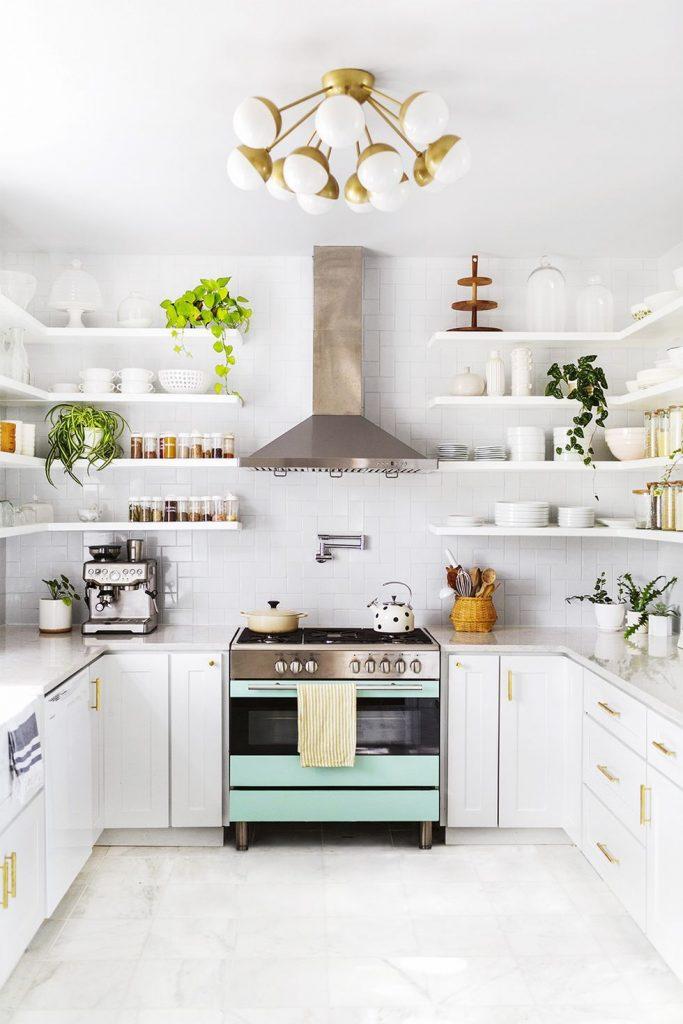 سفید ; بهترین رنگ کابینت برای آشپزخانه کوچک