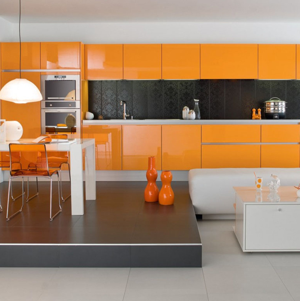 تاثیر رنگ گرم در آشپزخانه