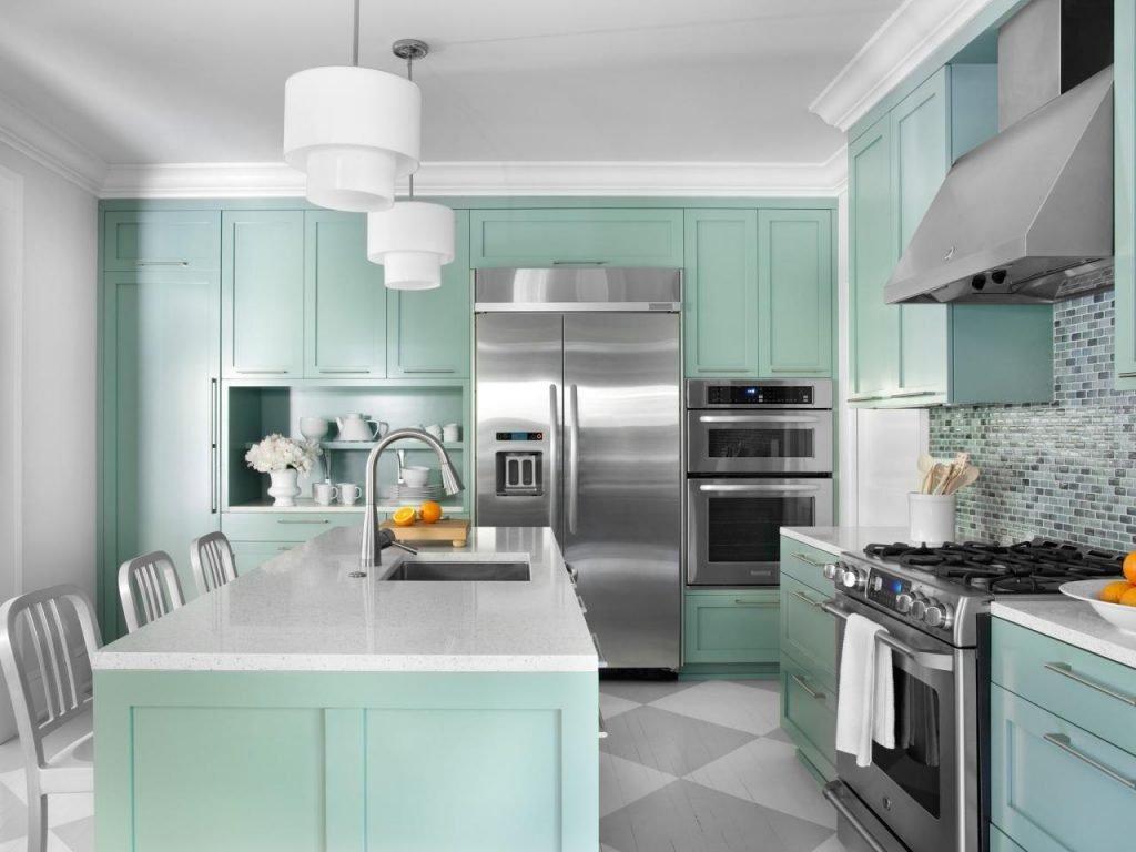 انتخاب رنگ جسورانه برای کابینت آشپزخانه