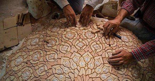 هنر معرق کاری ایرانی به دست معرقکاران
