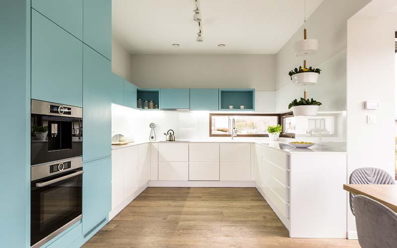 کابینت مدرن در آشپزخانه