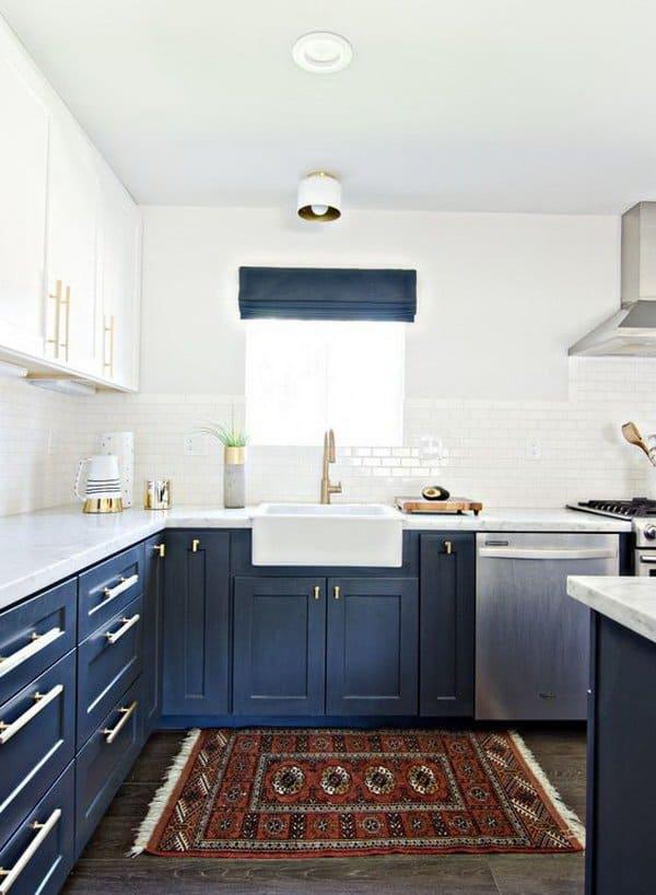 کابینت آشپزخانه دورنگ سفید و سرمهای 2021